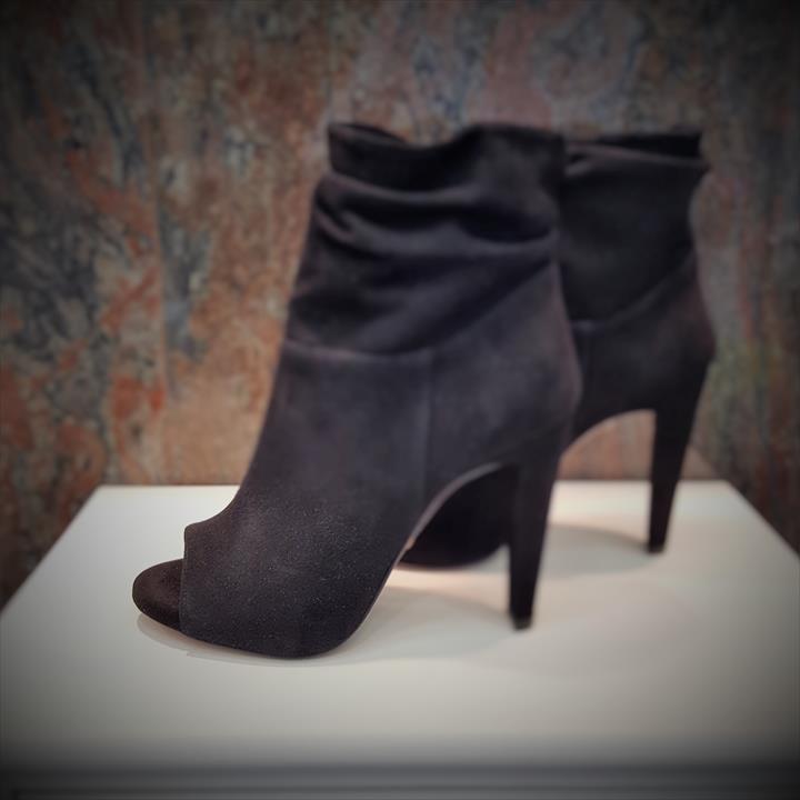 the best attitude d6438 473cb Shoes Calzature - Collezioni